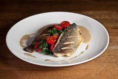 Gril de poisson frais Photographie stock