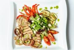 Grillów warzywa i mięso Zdjęcia Royalty Free