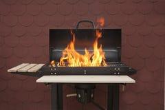 Grill auf Feuer Lizenzfreie Stockbilder