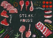 Grill Coupes de viande - boeuf, porc, agneau, bifteck, culotte sans os, rôti de nervures, échine et Rib Chops Tomate, olives, pap Images stock