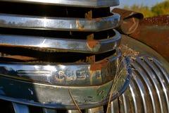 Grill einer alten Chevrolet-Aufnahme Lizenzfreie Stockfotos