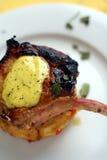 Grill oder Wanne gebratenes Schweinefleischmakro Lizenzfreie Stockfotos