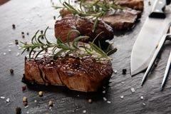 Grill Rib Eye Steak - trockenes gealtertes Wagyu-Mittelrippe vom Rind-Steak stockfotografie