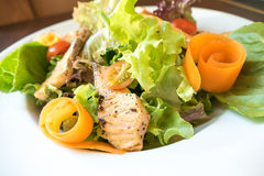 Grill salmon ceasar salad Royalty Free Stock Photography