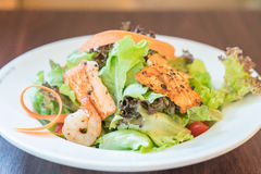 Grill salmon salad Royalty Free Stock Photography