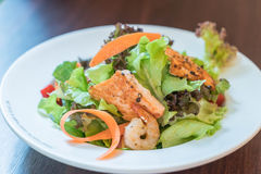 Grill salmon salad Royalty Free Stock Photo