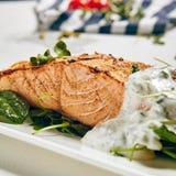 Grill Salmon Steak Royalty-vrije Stock Afbeeldingen