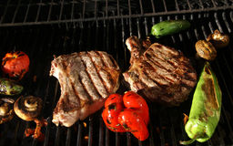 Grill - steak & fresh vegetables Stock Photos