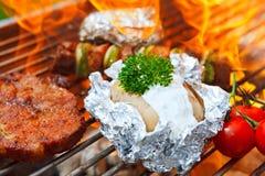 Grill z płomieniami zdjęcie stock