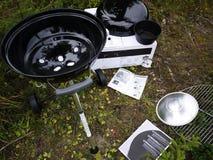 Grilla grill, stki, cutlets, smażył ryby, warzywa i inny jedzenie fotografia stock