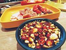 Grilla kumberland Dla yakiniku Japońskiego stylu BBQ koreańczyka lub zdjęcie royalty free