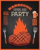 Grilla na wolnym powietrzu przyjęcia ulotki szablon Piec na grillu mięso na zmroku Zdjęcia Stock