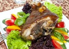Grillad grisköttknoge Royaltyfri Bild