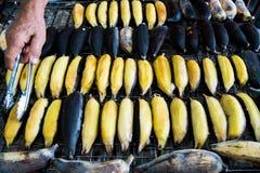 Grillad gul banan Royaltyfri Bild