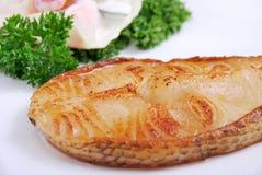 grillad läcker fisk Arkivbilder
