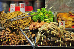 grillad matmarknadsnatt taiwan Arkivfoto