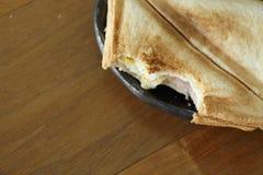 Grillad smörgås i morgon Royaltyfria Foton