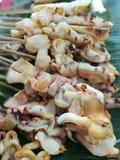 grillad tioarmad bläckfisk Arkivfoton