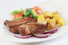 Grillade grisköttstöd Arkivfoto