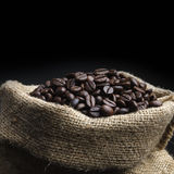 Grillade kaffebönor 2 Royaltyfri Fotografi