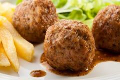 grillade meatballs Royaltyfri Fotografi