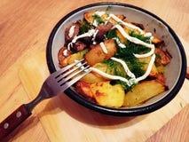 grillade potatisar Fotografering för Bildbyråer