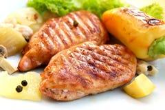 grillade schnitzelkalkongrönsaker Fotografering för Bildbyråer