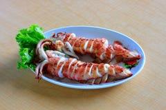 grillade tioarmad bläckfisk Arkivfoto