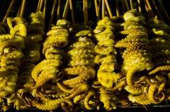 Grillade tioarmad bläckfisktentakel Royaltyfri Fotografi