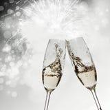 Grillage avec des verres de champagne images libres de droits