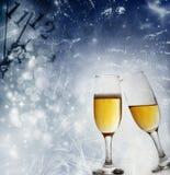 Grillage avec des verres de champagne photos libres de droits