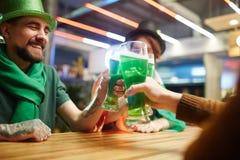 Grillage dans le bar Photo stock