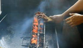 Grillant Maranggi satay Photo libre de droits