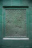 Grille d'aération sur le mur vert Photographie stock libre de droits