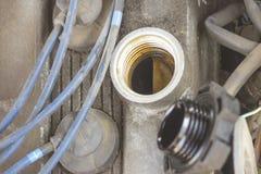 Grille d'aération sur un conduit circulaire photos libres de droits