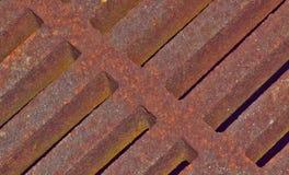 Grille rouillée de drain de tempête en métal photo libre de droits