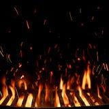 Grille vide de gril d'isolement sur le noir photographie stock