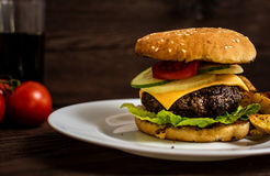 Grilled beef hamburger Royalty Free Stock Images