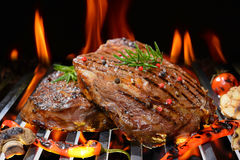 Grilled beef steak with vegetable Royalty Free Stock Photography