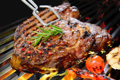 Grilled beef steak with vegetable Stock Photos