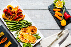 Grilled chicken breast with fresh vegetables Stock Images
