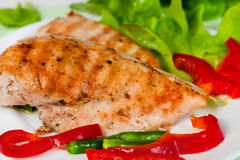Grilled chicken fillet with vegetables Stock Photography