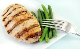 Grilled Chicken with Green Beans Royalty Free Stock Photos