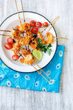 Grilled chicken kebabs with tikka masala sauce Royalty Free Stock Images