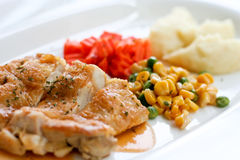 Grilled chicken. With mashed potato Royalty Free Stock Photography