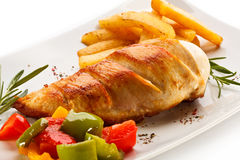 Grilled Chicken Steak And Vegetables Royalty Free Stock Photography