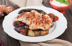 Grilled chicken steak with vegetables Royalty Free Stock Photos