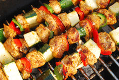 Grilled chicken and vegetable shashliks Royalty Free Stock Photography