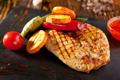 Grilled Chicken with Vegetables Stock Photos