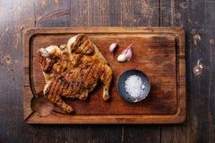 Grilled a fait frire le tabac de poulet rôti photographie stock libre de droits